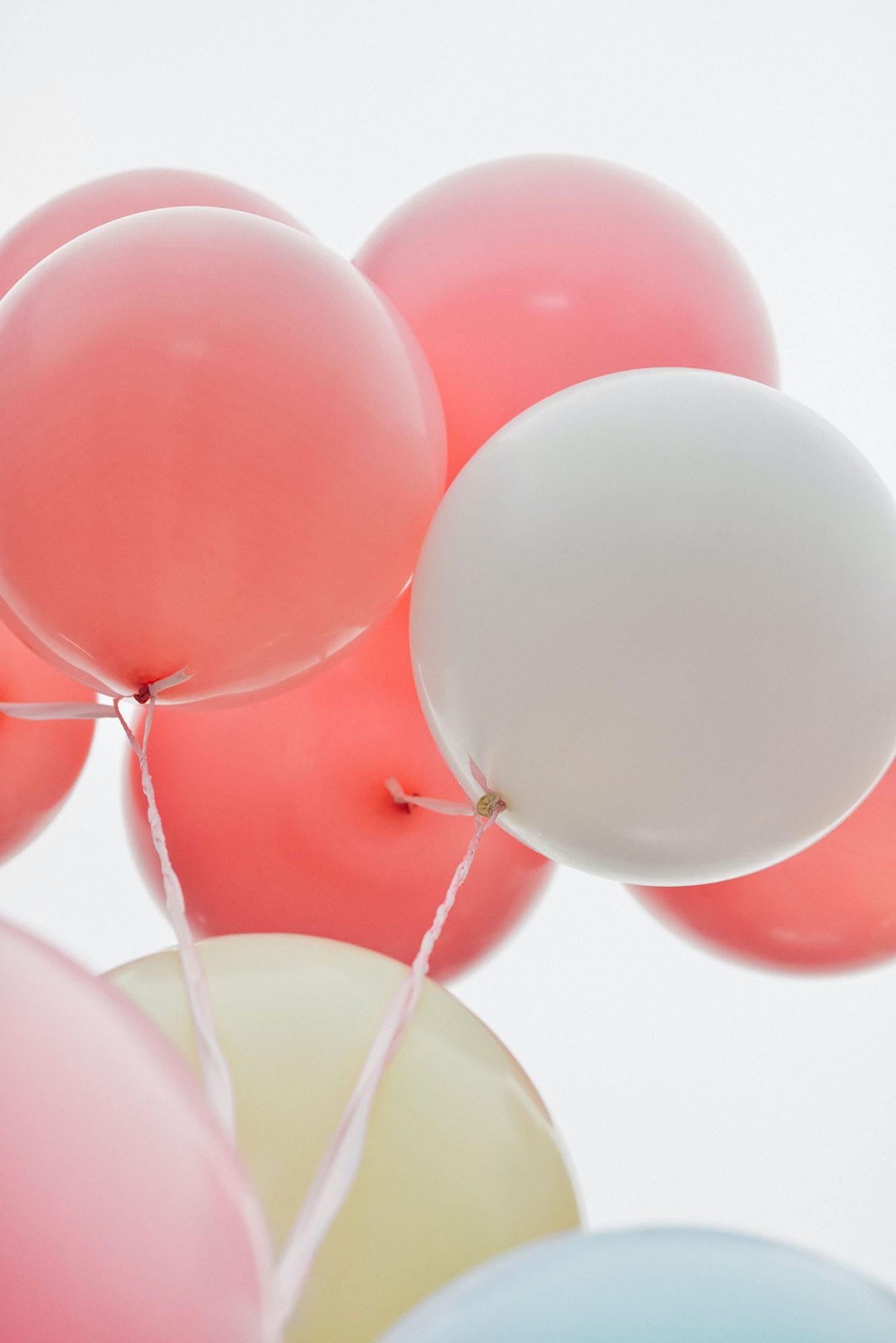 """Kummer kann mit der Meditation für Kinder """"Sorgenluftballon"""" ganz einfach davon schweben"""