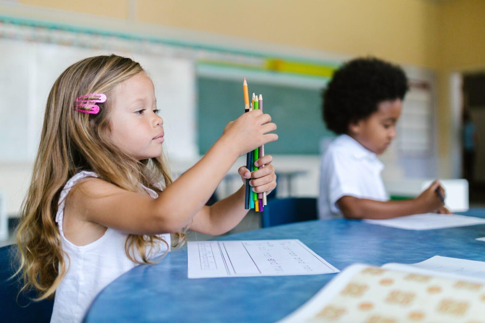 So kannst du dein Kind unterstützen, mental gesund durchs neue Schuljahr zu kommen
