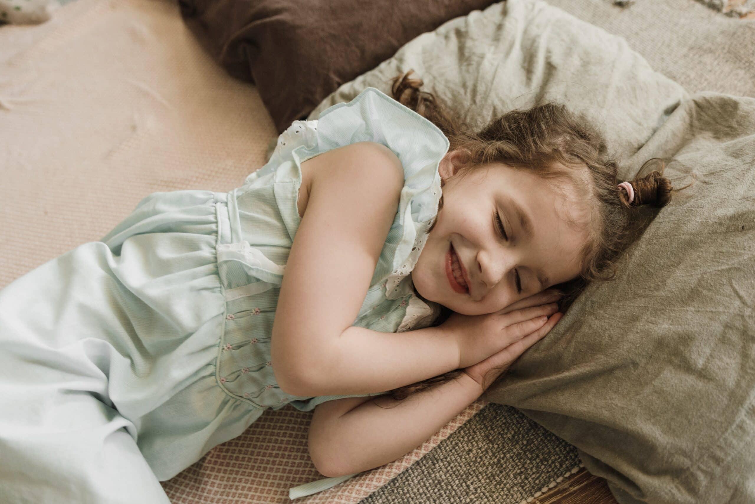 Mit Aumio schläft dein Kind schneller und entspannter ein